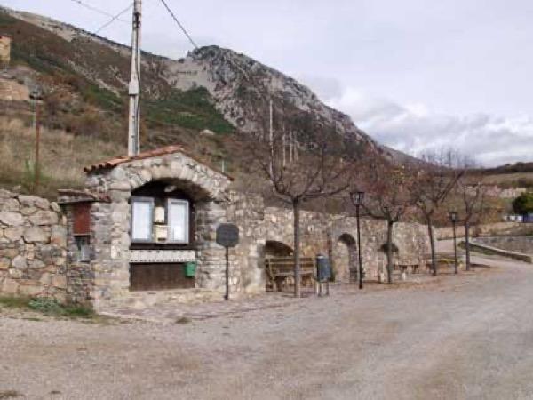 Cornellana_plaça